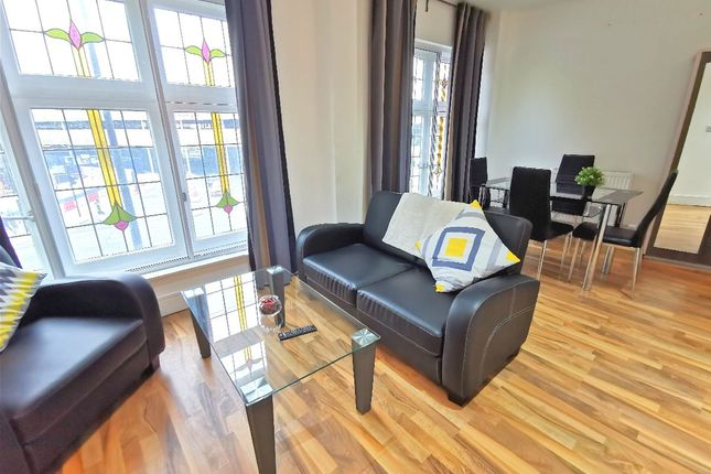 2 bed flat to rent in Cressy Houses, Hannibal Road, London E1