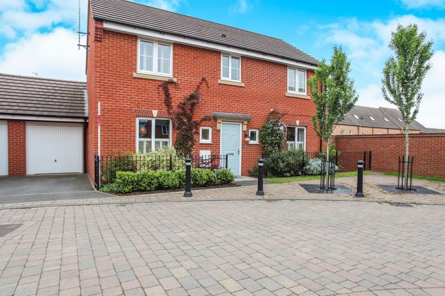 Thumbnail Detached house for sale in Oulton Road, Rugby