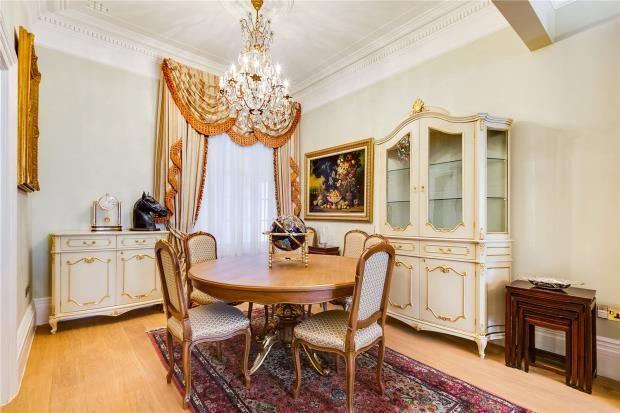 Dining Room of Cheniston Gardens, Kensington, London W8