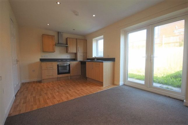 Thumbnail Town house to rent in Etruria Vale Road, Hanley, Stoke-On-Trent