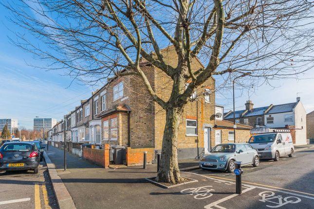 Thumbnail Flat for sale in Harrow Road, Leytonstone