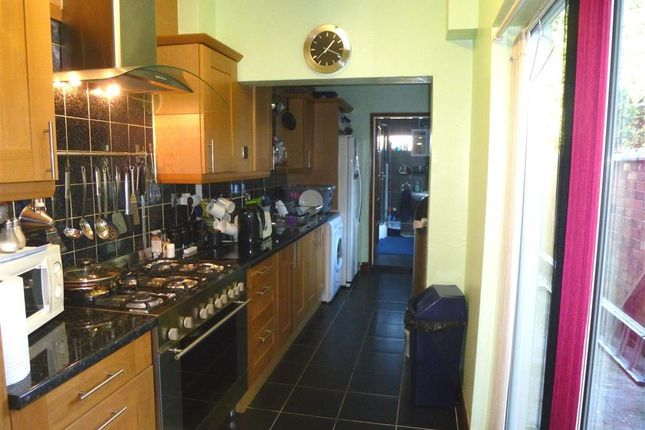 Thumbnail Terraced house to rent in Pepper Box Court, St. Peters Road, Rugby