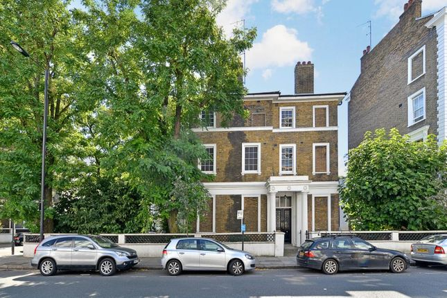 Picture No.07 of Gloucester Terrace, London W2