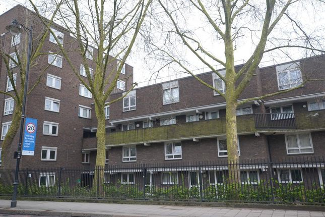 Thumbnail Flat for sale in Oakley Square, London NW1 1Nx