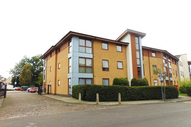 Thumbnail Flat to rent in Choda House, Commonwealth Drive, Crawley