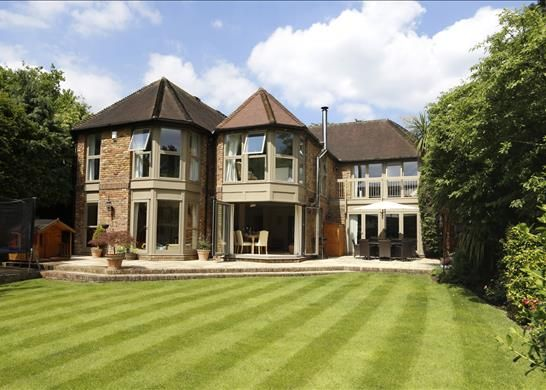 Thumbnail Property to rent in Eversley Park, Wimbledon, London