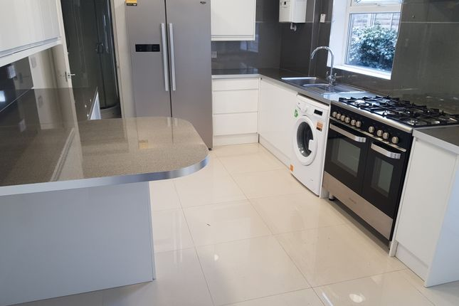 Thumbnail Terraced house to rent in St Leonards Street, Bedford
