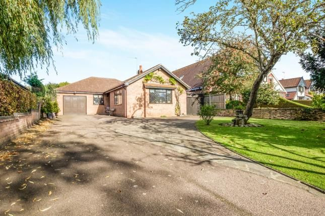 Thumbnail Bungalow for sale in Oulton Broad, Lowestoft, Suffolk