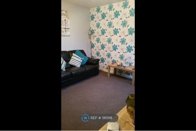 Thumbnail Flat to rent in Carron, Falkirk