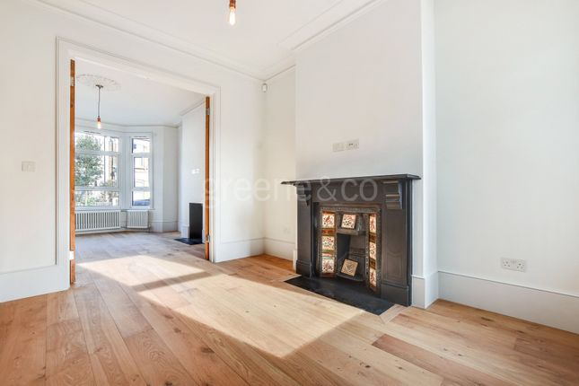 Thumbnail Property to rent in Purves Road, London