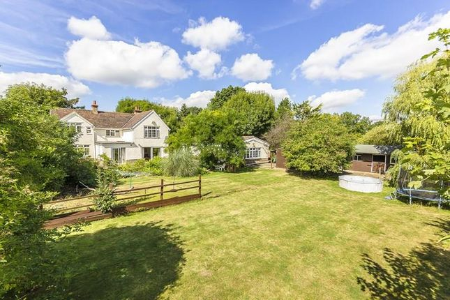 4 bed detached house for sale in Farleigh Common, Warlingham