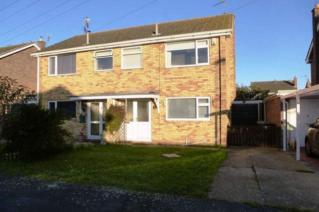 Thumbnail Semi-detached house to rent in Mark Avenue, Sleaford