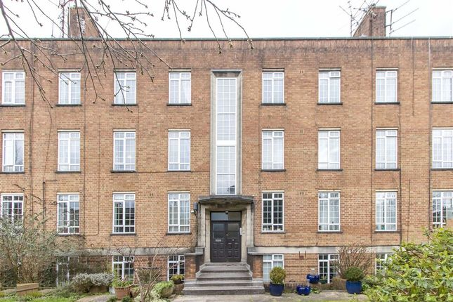Thumbnail Flat for sale in Royal Park, Clifton Village, Bristol