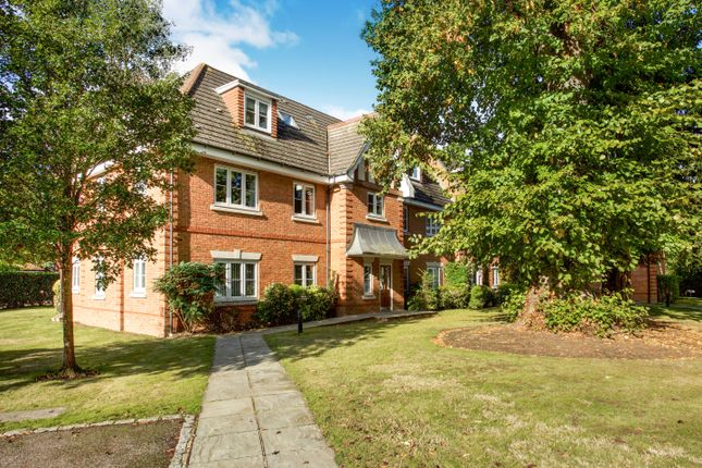 Oxfordshire Place, Warfield RG42