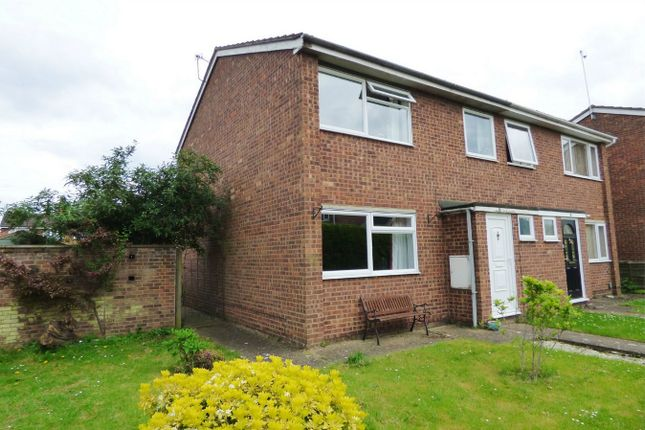 3 Bedroom End terrace house For Sale in Pettis Walk St. Ives Huntingdon P