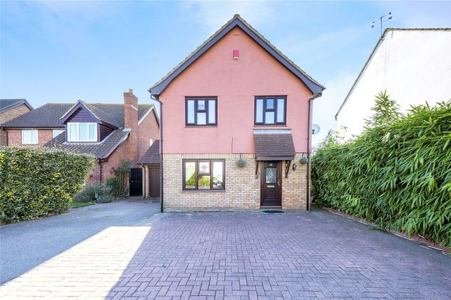Thumbnail Detached house for sale in Findon Gardens, Rainham