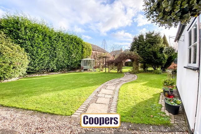 Gardens of High Street, Keresley, Coventry CV6