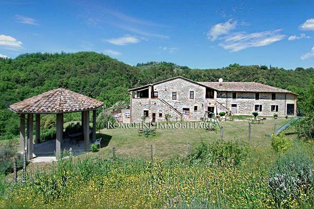 15 bed country house for sale in Perugia, Umbria, Italy