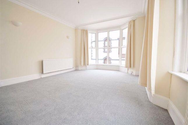 Thumbnail Maisonette to rent in Warren St, Tenby, Tenby, Pembrokeshire