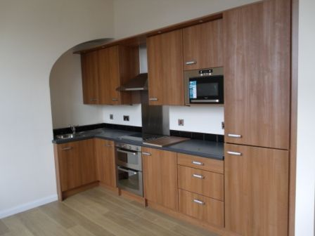 Thumbnail Flat to rent in Old Robin, Cleckheaton
