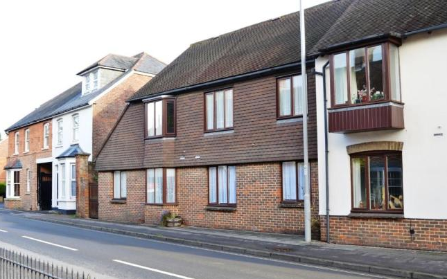 Thumbnail Flat to rent in Caterstone, Chapel Lane, Wimborne