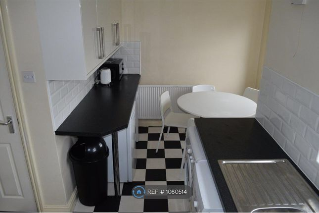 6 bed flat to rent in Bridgelea Road, Manchester M20