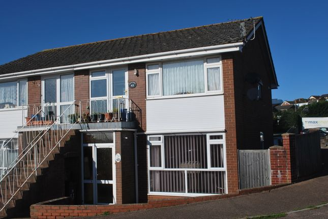 2 bed flat to rent in Broadmead, Exmouth
