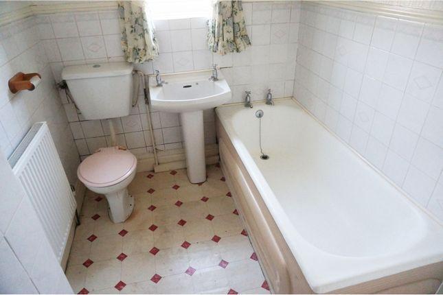 Bathroom of Avenue Road, Wath-Upon-Dearne Rotherham S63