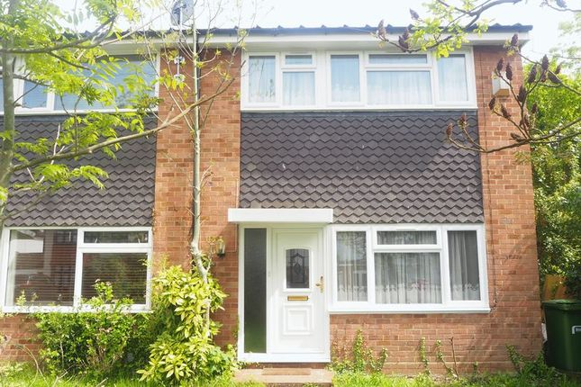 Thumbnail Terraced house to rent in Ditton Park Road, Langley, Slough