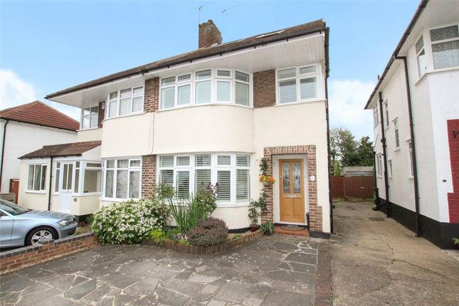 Picture No. 23 of Borkwood Way, South Orpington, Kent BR6