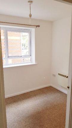 5 Bedroom 2 of Philmont Court, Coventry CV4