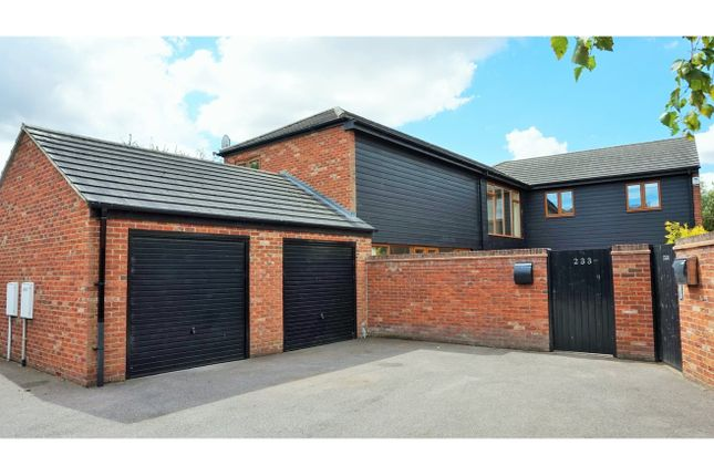 Thumbnail Detached house to rent in High Street, Arlesey