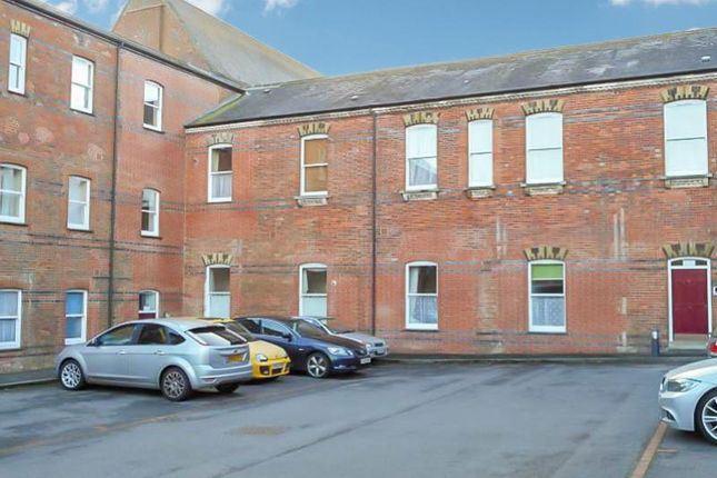 Thumbnail Flat to rent in Redwood House, Hawthorn Road, Charlton Down, Dorchester, Dorset