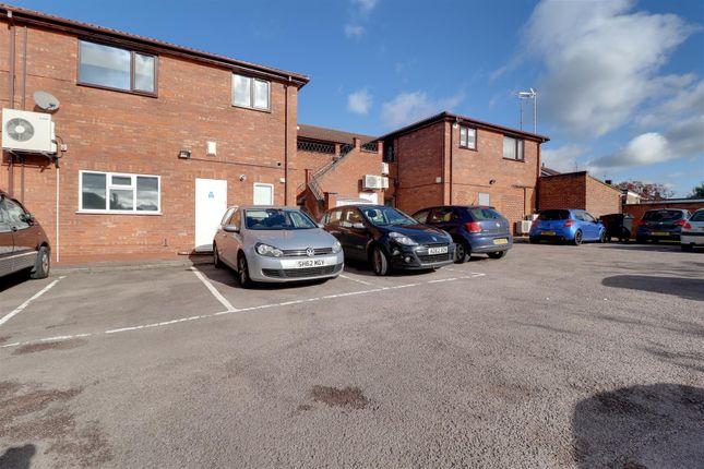 1 bed flat for sale in Salisbury Avenue, Warden Hill, Cheltenham GL51