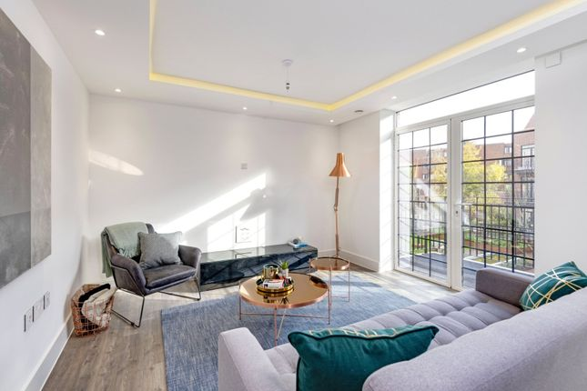 Thumbnail Flat for sale in Hampstead Reach Apartments, Wellgarth Road, London