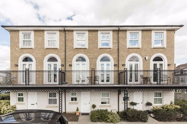 Thumbnail Property to rent in Vallings Place, Long Ditton, Surbiton