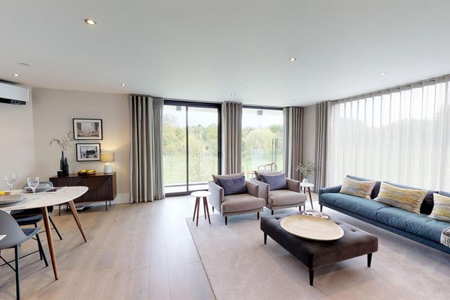Thumbnail Flat for sale in Montgomerie Lodge, High Road, Chigwell