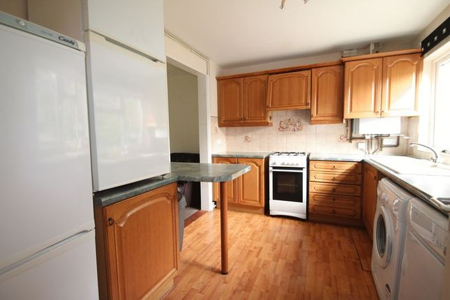Thumbnail Room to rent in Bosanquet Close, Cowley, Uxbridge