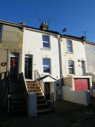 Thumbnail Terraced house to rent in Queens Road, Chatham