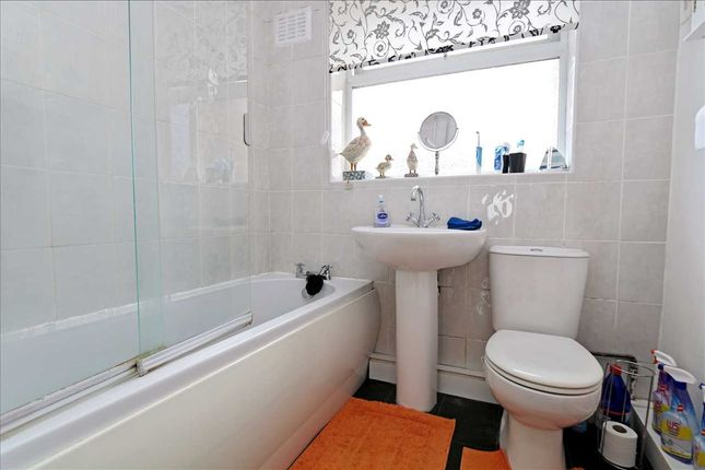 Bathroom of Fiskerton Road, Cherry Willingham, Lincoln LN3