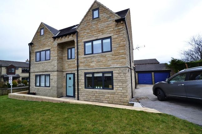 Thumbnail Detached house for sale in Kenstone Crescent, Idle, Bradford