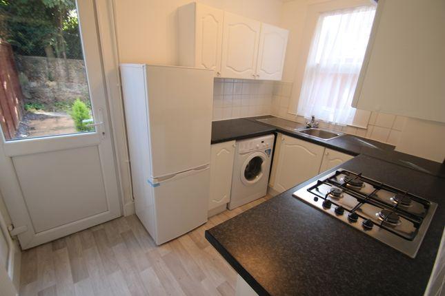 Thumbnail Flat to rent in Trelawn Road, Leyton