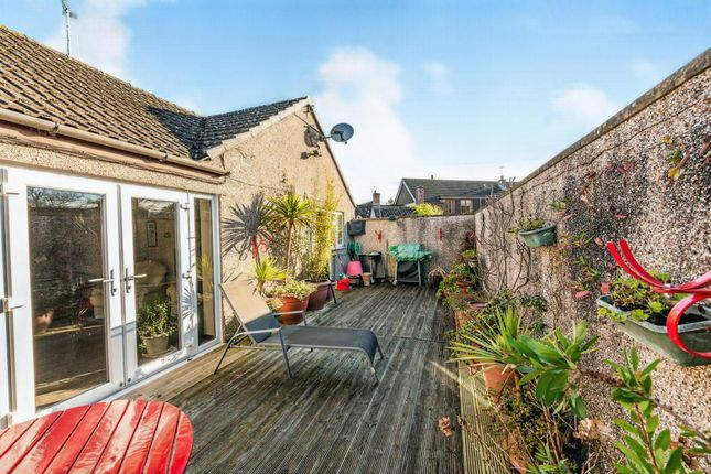 Thumbnail Flat for sale in Market Place, Nunney, Frome
