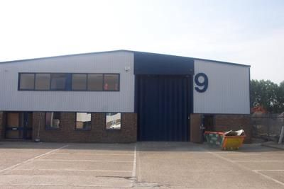 Light industrial to let in Unit 9, Merchant Drive, Mead Lane, Hertford, Hertfordshire