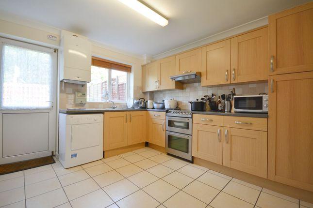 Thumbnail Room to rent in Jameston, Birch Hill, Bracknell