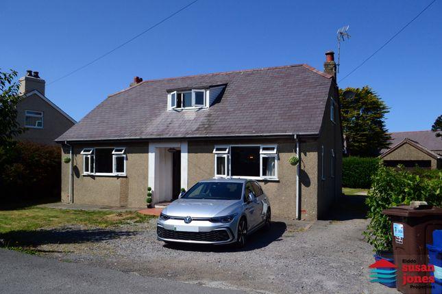 Thumbnail Detached bungalow for sale in Ffordd Cae Rhyg, Nefyn, Pwllheli