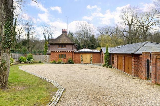 Thumbnail Detached house to rent in Bucknalls Lane, Watford