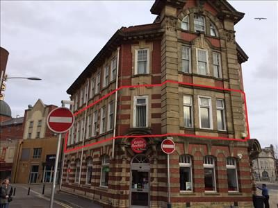 Office to let in York Chambers, First Floor, York Street, Swansea