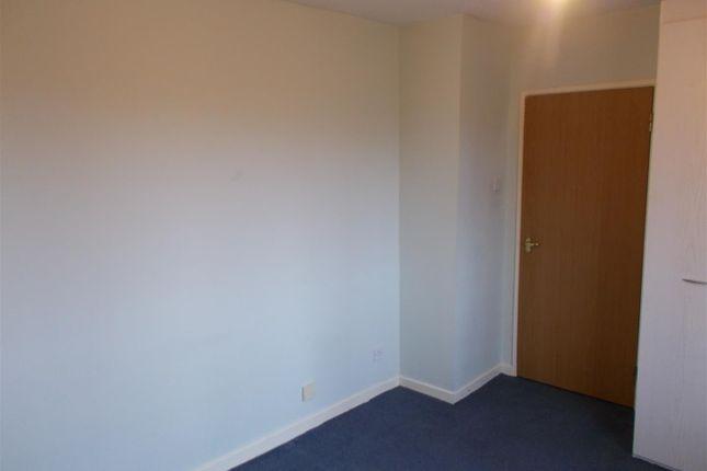 Bedrooms of Canterbury Gardens, Salford M5