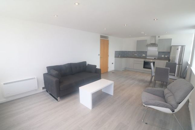 Thumbnail Flat to rent in Oldham Road, Newton Heath, Manchester